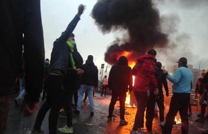 إيران | إيران تهدد بقمع الاحتجاجات .. اعتقال قيادين في شيراز