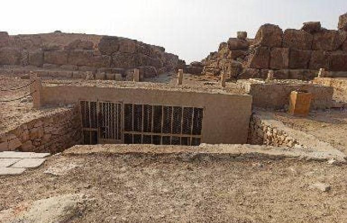 مصر | مصر.. افتتاح مقبرتين بمنطقة آثار الهرم