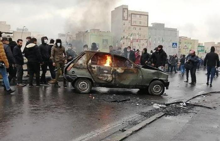 إيران | إيران.. المعارضة تطالب غوتيرس بدعوة الحكومة لوقف ماكينة القتل
