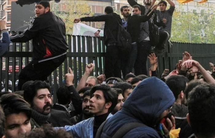 إيران | مسؤول بالحرس الثوري يشبّه الاحتجاجات بالحرب العراقية - الإيرانية