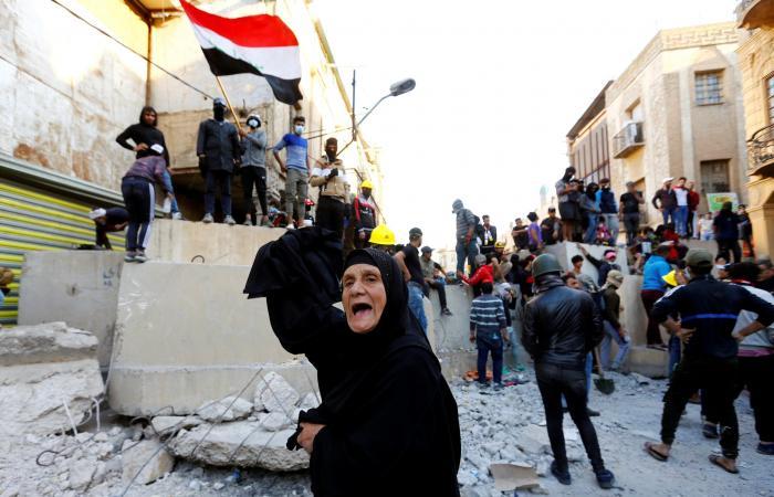 العراق | العراق.. هدوء حذر يسود ساحات وجسور بغداد