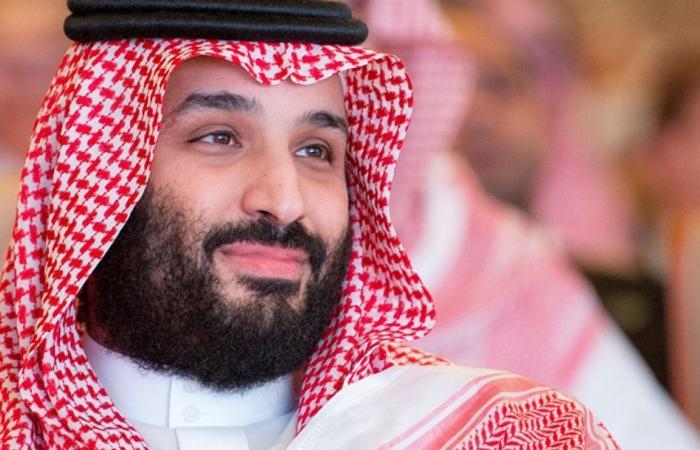 جاكيت ولي العهد يشغل المجتمع السعودي.. كم يبلغ سعره؟