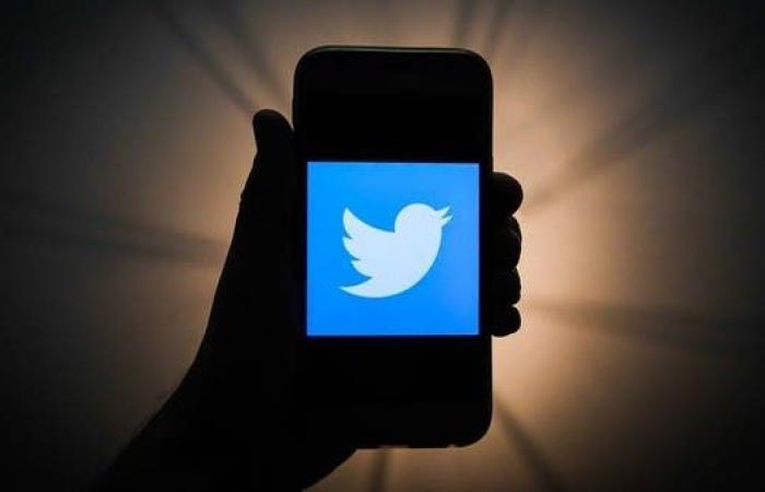 """تويتر توقف خطة إزالة الحسابات غير النشطة.. بسبب """"المتوفين"""""""