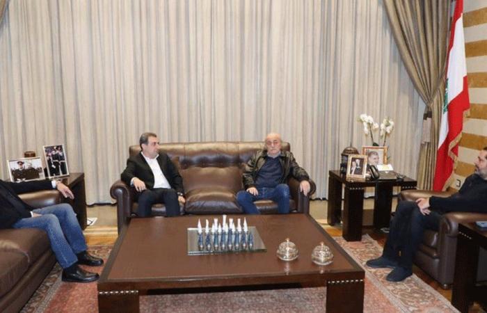 الحريري التقى جنبلاط: لن أشارك في الحكومة