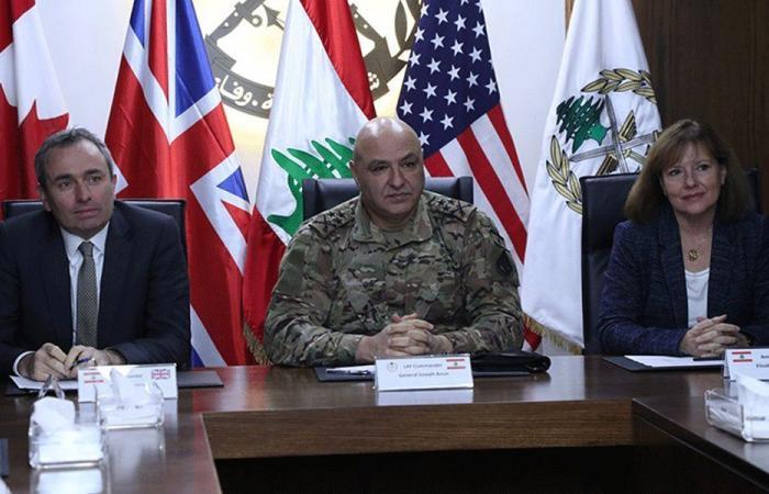 العماد عون: أثق بالتزام الدول الصديقة متابعة دعم الجيش