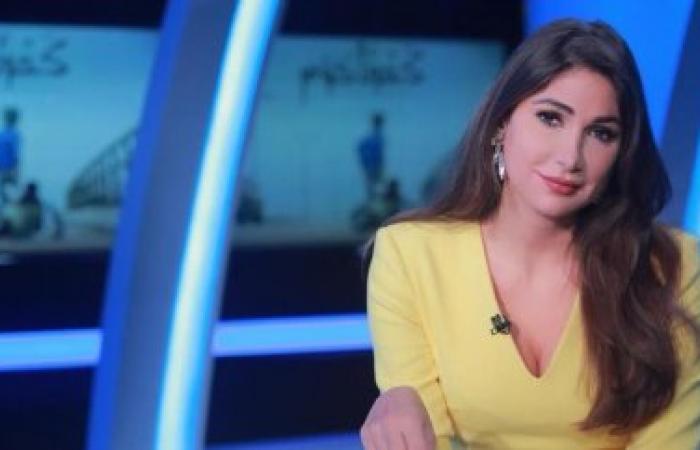 """ديما صادق توّجه رسالة إلى """"الحاج"""" الذي سرق هاتفها (فيديو)"""