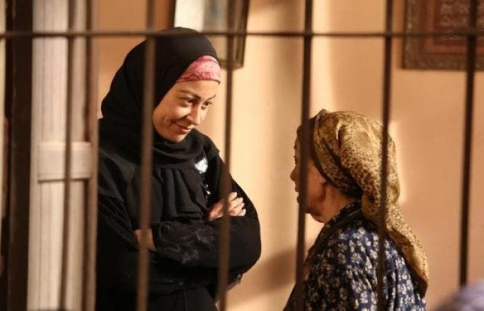 منة شلبي للعربية.نت: التمثيل أوصلني للعلاج النفسي