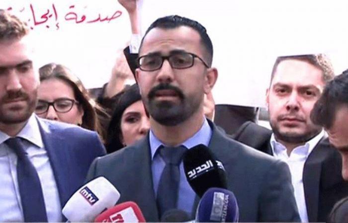 وقفة احتجاجية للفائزين بدورة كتاب العدل.. ووفد يلتقي أمين عام الحكومة