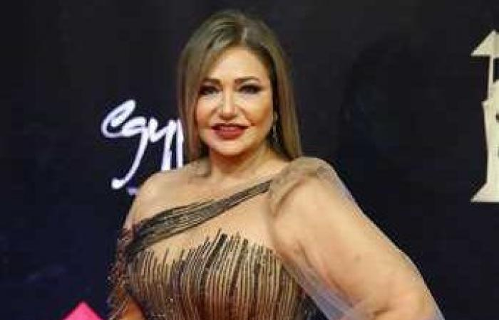 ليلى علوي تكشف سر جمالها بعد تغزل الجمهور بها.. ما علاقة عمرو دياب!