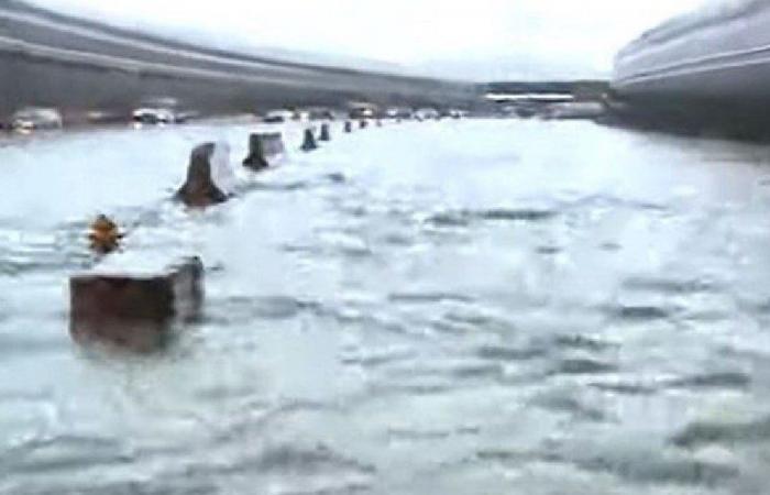 المياه تغرق نفق الكوستابرافا (فيديو)
