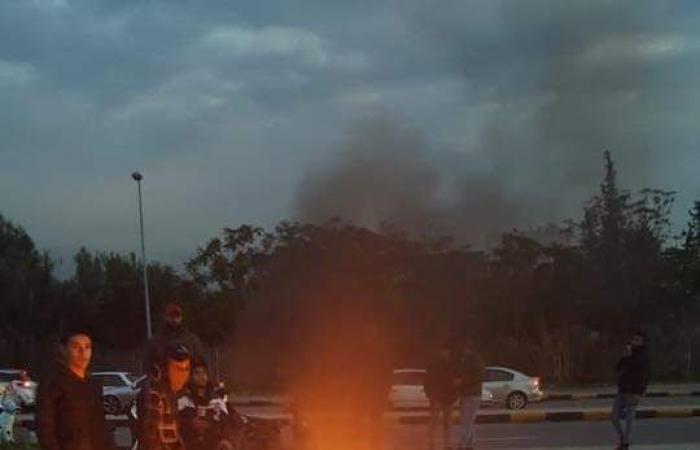 توتر وقنابل مسيلة للدموع في الميناء
