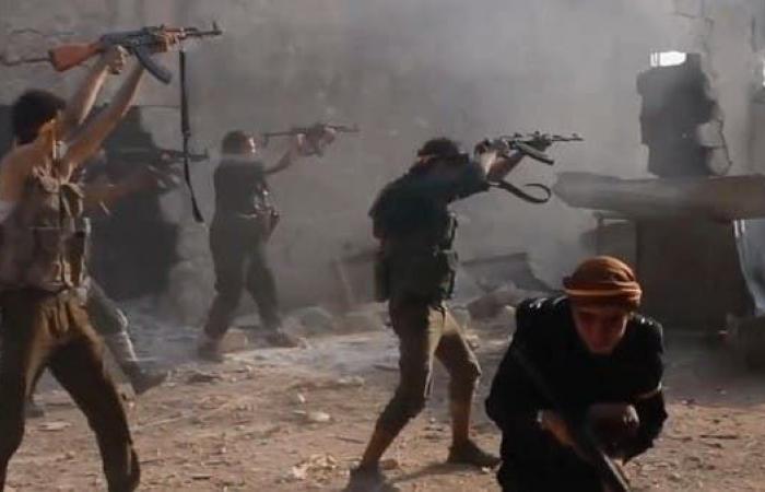 سوريا   سوريا.. مقتل 26 باشتباكات بين قوات النظام ومسلحين بإدلب