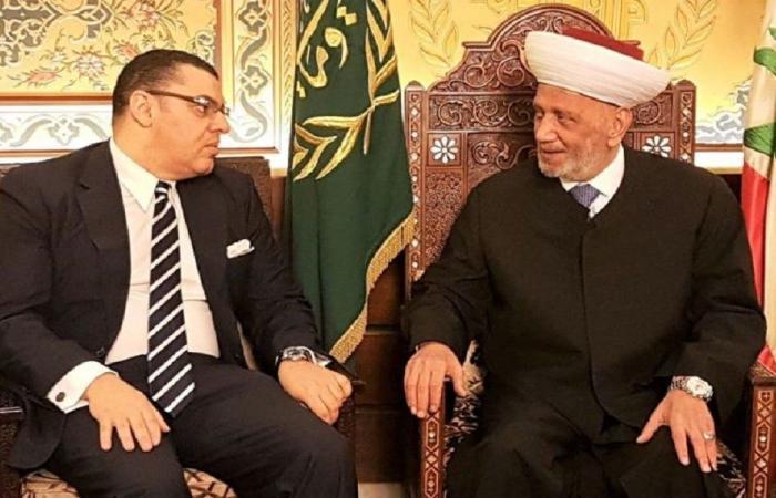 دريان عرض الاوضاع مع السفير المصري الجديد في لبنان