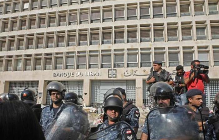 لبنان يعاني من 3 أزمات.. وخطة للحل من 10 نقاط