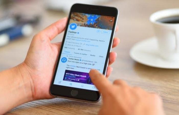 """""""تويتر"""" ستختبر 4 وسائل لتقييد الردود على التغريدات"""