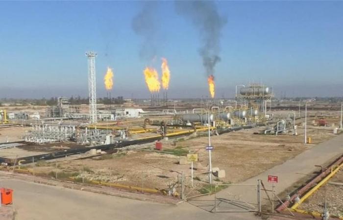 'النفط' العراقية تنفي تخارج شركة أجنبية من حقل القرنة