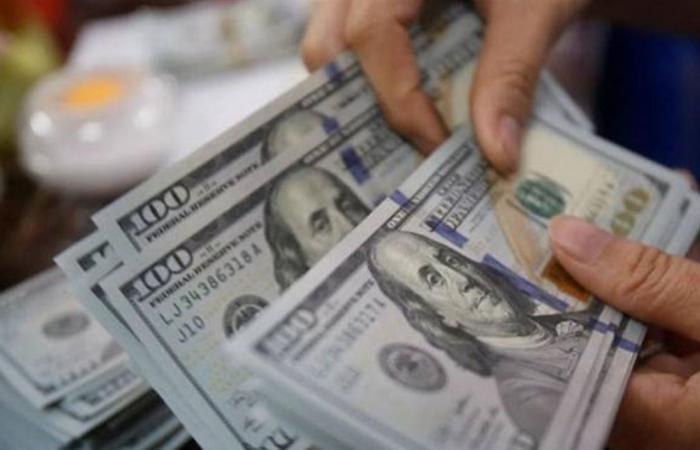 الدولار يواصل ارتفاعه.. ما هو السعر الذي سجله اليوم الجمعة؟