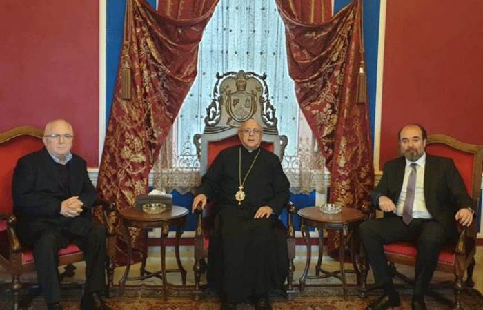 اجتماع كاثوليكي في زحلة: لتشكيل حكومة اختصاصيين