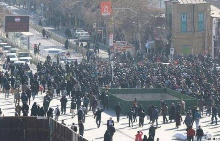 إيران | تظاهرات بطهران تطالب برحيل المرشد.. لماذا أخفيتم الحقيقة؟