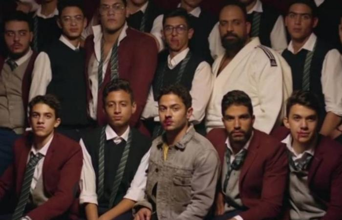 """تميم يونس مصدوم بسبب قرار مفاجئ يتعلق بأغنيته """"سالمونيلا""""!"""