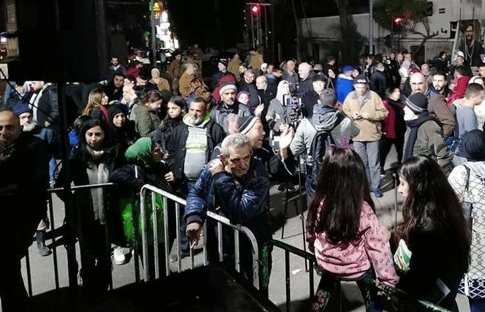 تجمع للمحتجين في ساحة إيليا في صيدا