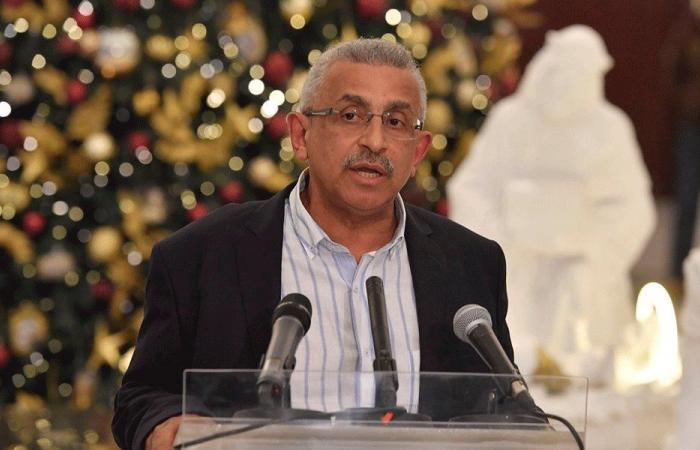اسامة سعد: لحكومة انتقالية تمهد لدولة مدنية
