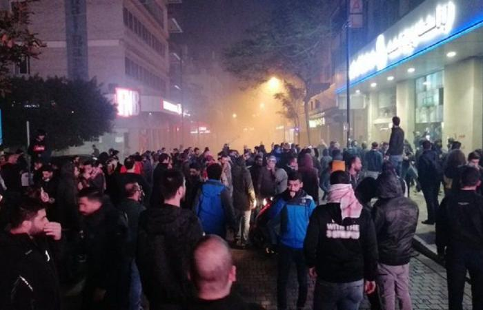 حزب الله يخطف الثورة في لبنان