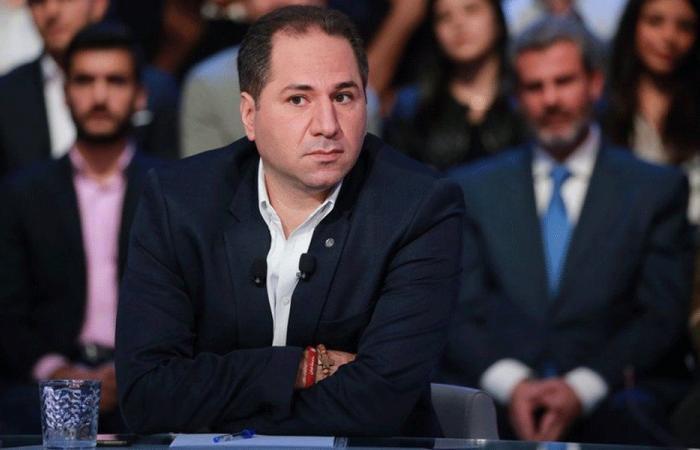 سامي الجميل: الحكومة المقترحة هي حكومة المطامر والبواخر
