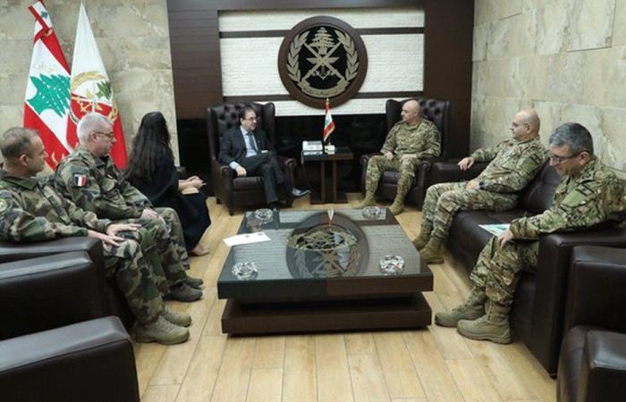 قائد الجيش بحث مع فوشيه علاقات التعاون