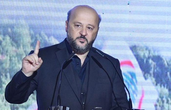 رياشي: عزيزي الشيخ سامي.. القوات انتصرت والثورة قامت والآتي أعظم!