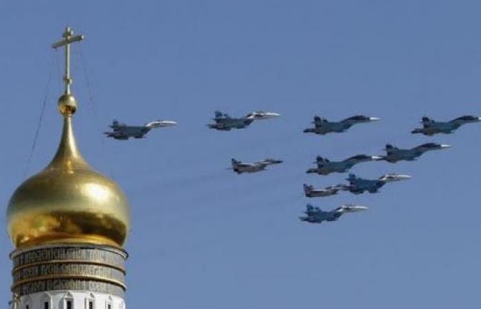 سوريا | المرصد السوري: 18 قتيلاً بقصف لطيران النظام وروسيا على حلب
