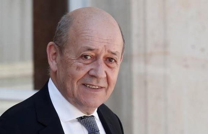 لودريان: نعمل مع الجزائر لتثيبت الهدنة بليبيا