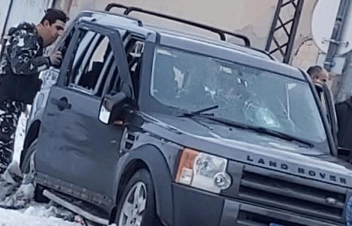 سيارة حاولت دهس محتجين على طريق ضهر البيدر!