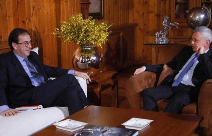الملف الحكومي بين فرنجية وسفيرَي فرنسا والأرجنتين