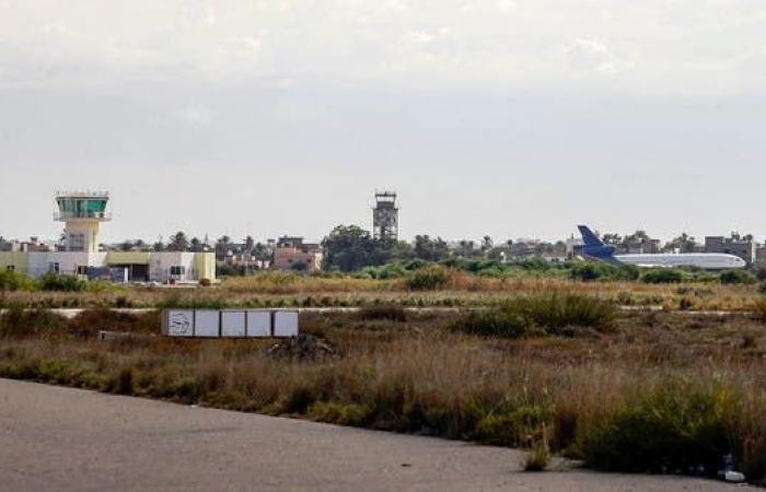 عودة الملاحة لمطار معيتيقة بعد هجوم بـ 6 صواريخ