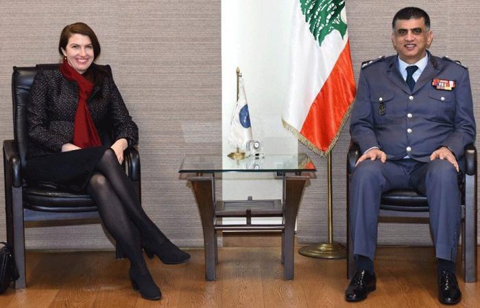 عثمان عرض سبل التعاون مع غريندلاي ومارتان