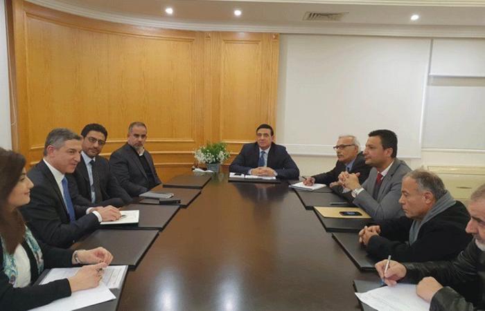 مشاريع يمولها البنك الدولي على طاولة وزير الأشغال