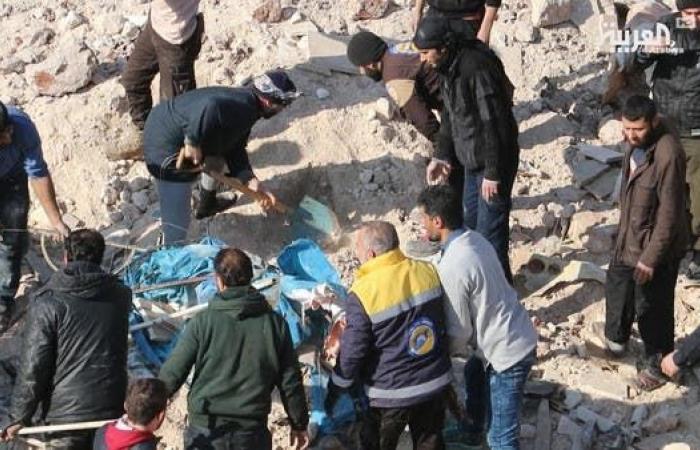 سوريا   المرصد: النظام السوري يوشك على دخول مدينة سراقب