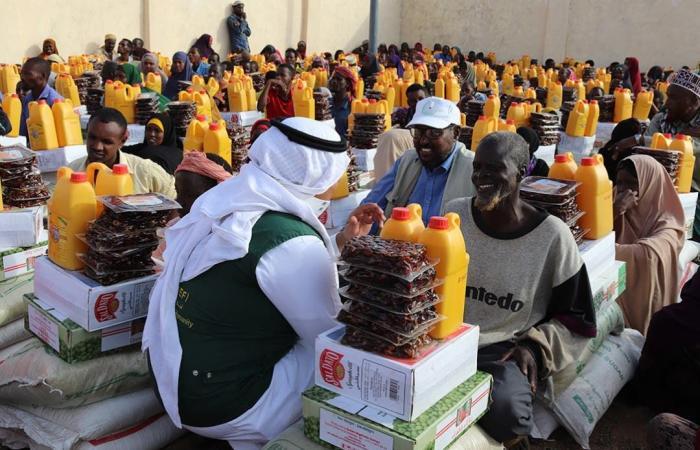 الخليج | مركز الملك سلمان يقدم المساعدات لقرى كسمايو في الصومال