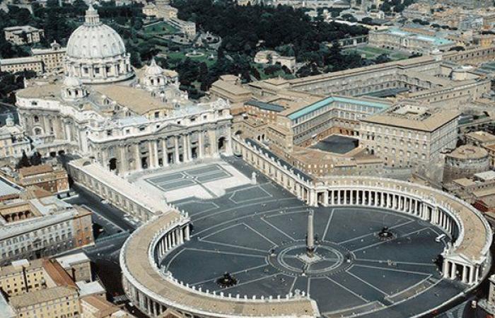 لبناني يضرب عن الطعام دعمًا للحراك.. وصرخته تصل إلى الفاتيكان!