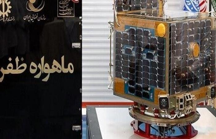 إيران   إيران تستعد لإطلاق قمر صناعي للمراقبة.. في غضون أيام