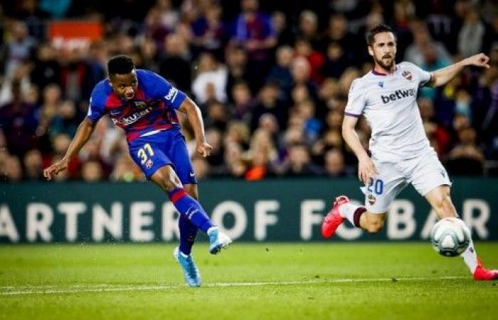 برشلونة يعود للانتصارات في الدوري الإسباني على حساب ليفانتي