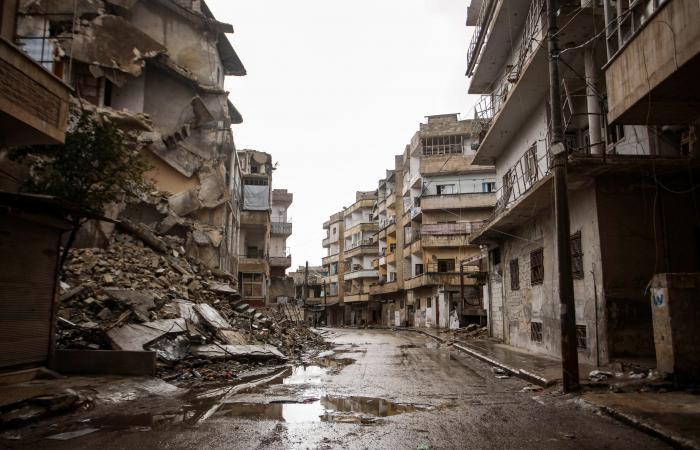 سوريا | معركة حلب وإدلب.. مئات القتلى من النظام والفصائل