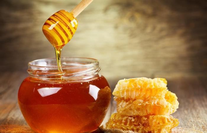 فيما عدا هاتين الحالتين.. فوائد عسل النحل مذهلة