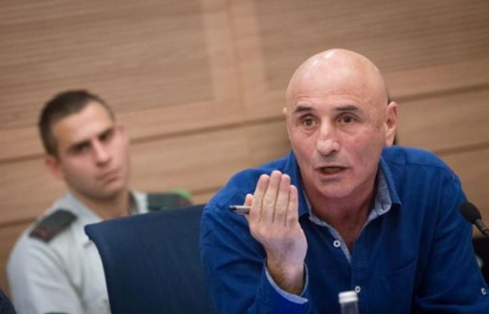 فلسطين | عضو كنيست يتهم نتنياهو بتقوية حماس وإضعاف السلطة
