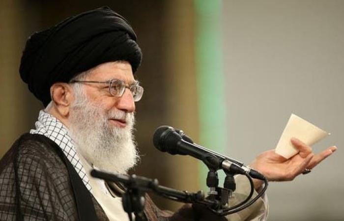 إيران   إيران ترزح تحت العقوبات.. وخامنئي يقر بالوجع