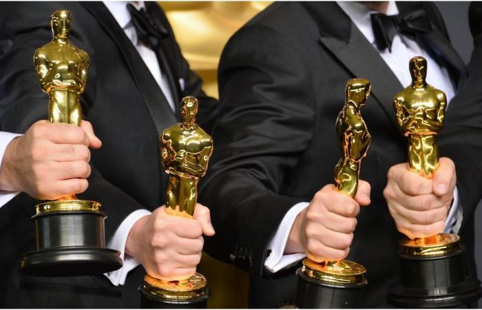 """سعر تمثال جائزة """"الأوسكار"""" لن يخطر على بالك!"""