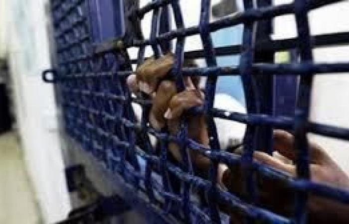 فلسطين   الحكم على فتى من الخليل بالسجن 24 شهرا وغرامة باهظة