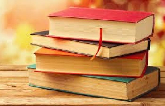 فلسطين | ممثلية المكسيك تتبرع بمجموعة كتب لجامعة بيرزيت