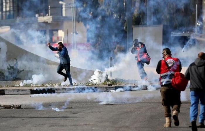 فلسطين | إصابة 14 مواطنا خلال مواجهات ضد صفقة القرن في رام الله